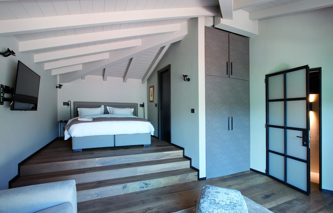 villa-BREAKWATER-room-best-places1
