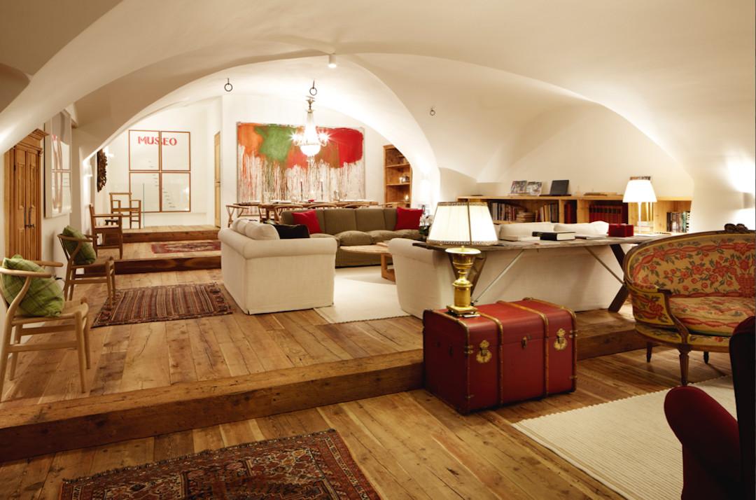 Ches_ota_indoor_st_moritz_bp_bestplaces_01
